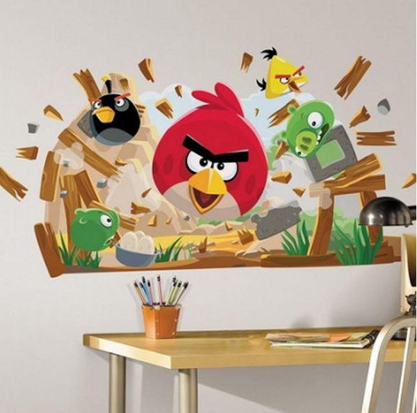 Сердитые птицы на стенах